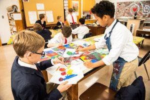 students creating art